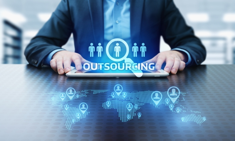How outsourcing helps to solve growth problems